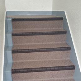 階段・廊下部の長尺シート